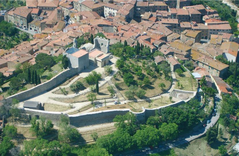 Rocca_Campiglia aerea-medioevo